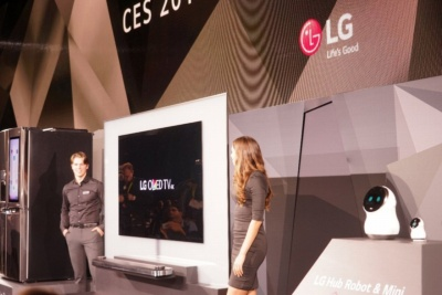 LG電子はCES 2017でも有機ELテレビを披露した。