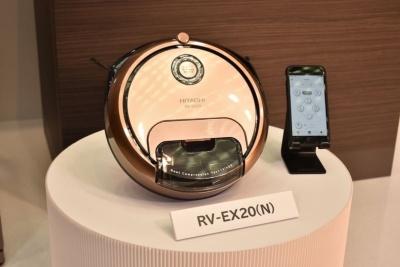 2月下旬に発売するロボット掃除機「minimaru RV-EX20」(予想実勢価格12万円前後)