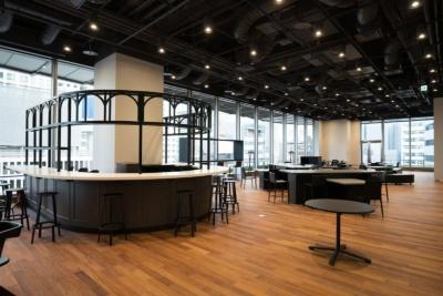 会員制コミュニティースペース「Q LOUNGE」は、「QからAを探索する空間」をコンセプトに設計
