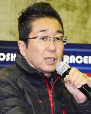 「ドローンレースの楽しさ、奥の深さを広く知ってもらいたい」と語る京商の鈴木明久社長
