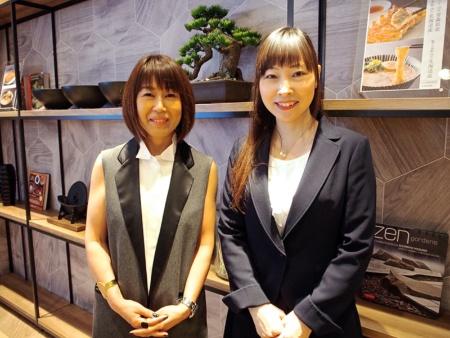 総合プロデュースを担当したインテリアデザイナーの折原美紀氏(左)と、バランス料理研究家の小針衣里加氏(右)