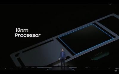 プレゼンテーションではSoCが10nmプロセスで製造されたこと、CPU性能が10%、GPU性能が21%向上していることだけが手短に説明された。処理性能向上は最新スマートフォンにとってのアピールポイントではないという証だ