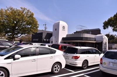 「パンのトラ 八事店」名古屋市昭和区広路町梅園8-1。営業時間は7~19時。定休日なし。駐車スペースは50台用意されている