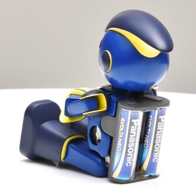 単3形のエボルタ ネオ乾電池2本で駆動する。屋外での挑戦となるため、防塵防滴構造を採用するとみられる