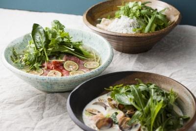 タニタカフェで提供予定のメニューの一部、「有機野菜と和だしの米麺(フォー)」。フォーを和だしでアレンジしている。ほかにも一汁三菜のワンプレートランチやスイーツなどを提供する予定だという