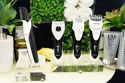 こちらがボディグルーミング製品群。左から「ボディトリマーER-GK60」、「ボディシェーバー ER-GK40」、「ヒゲトリマー ER-GB40」、「ボウズカッター ER-GS60」