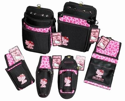 ハローキティのKH工具袋シリーズ、建設女子向けには腰袋、釘袋、工具差しをラインアップ。ラチェット、モンキーレンチ、カッター、ペンチなど、普段の作業で使う道具や工具を入れる(画像提供:基陽)
