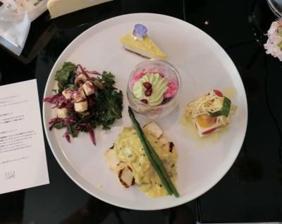"ELLE cafe×相模屋""BEYOND TOFU""発表会特別メニュー。チーズの代わりに「BEYOND TOFU」を使うことでイタリアンも植物性100%のヴィーガンメニューに"