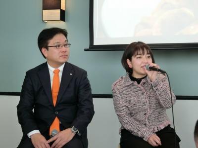 相模屋食料の鳥越淳司社長(左)とTGCチーフプロデューサー 池田友紀子氏