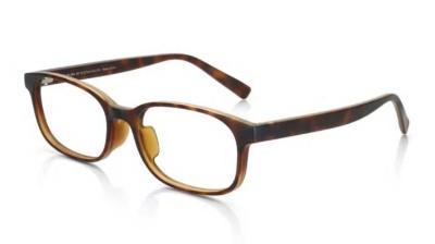 JINSが2017年に発売し、約7万本以上も販売したジャスパー・モリソンとのコラボ眼鏡「Jasper Morrison OPTICAL ジャスパー・モリソン メガネ ウエリントン」(5000円)