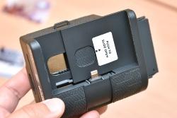 最大まで広げれば、5.5型液晶を搭載するiPhone 7 Plusも装着できる