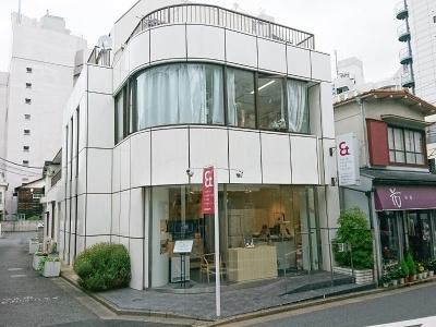 Just earを注文できるのは、ソニーストアの受注イベントを除けば、東京港区にある「東京ヒアリングケアセンター青山店」のみ。耳型の採取もここで行う