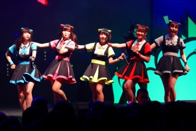 日本のアイドルグループ、ネコプラ。今回のTIF in BANGKOKが初の海外遠征となる。TIF in BANGKOKのステージにて