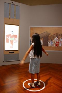 「びじゅチューン!」の作品の中でトーハクの所蔵品にまつわる展示が点在し、子供たちが楽しみながら全館めぐれる仕掛けに