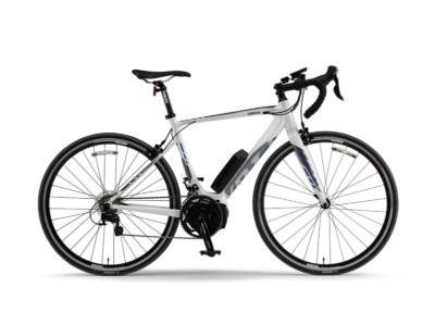 ロードバイクタイプのスポーツ電動アシスト自転車「YPJ-R(ワイピージェイアール)」の2018年モデル。2017年11月9日発売(23万円)