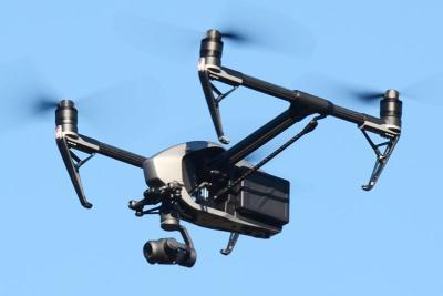 高性能ドローン「Inspire 2」。飛行性能、撮影機能ともに、旧モデル「Inspire 1」から大幅なレベルアップが図られている