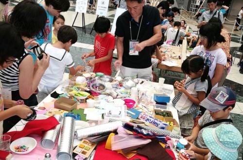 メイカーフェア東京。近年は東京ビッグサイトのホールを複数使用する大規模なフェアとなっている