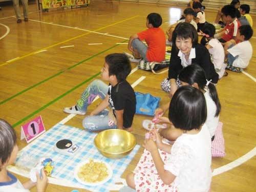 カルビーでは、子供向けの食育イベントも行っている