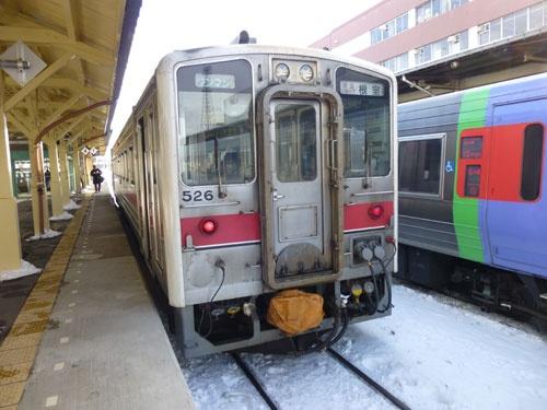 釧路駅に停車中の根室行 快速ノサップ号