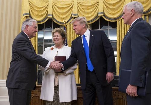 国務長官には、「ロシア通」として知られる米石油大手エクソンモービルの前CEO、レックス・ティラーソン氏が就任した(写真:The New York Times/アフロ)