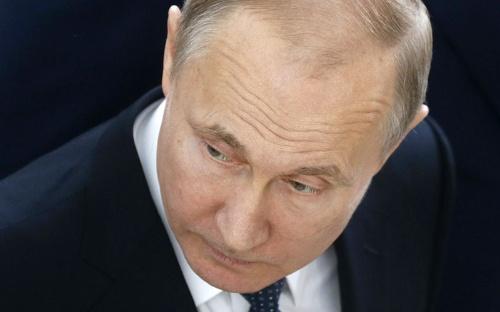 対米報復制裁に二の足を含むロシアのプーチン大統領(写真:代表撮影/ロイター/アフロ)