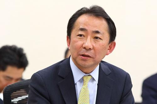 Japan Innovation Network専務理事の西口尚宏が、一連の座談会の司会進行を務めた