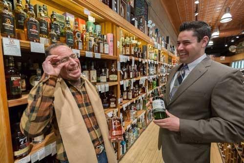 米国内の酒類専門店ではバーボンの存在感が大きい。