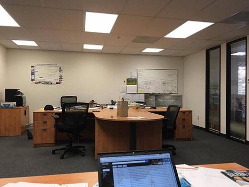 サンノゼ空港からほど近いオフィス。ここからすべてが始まる