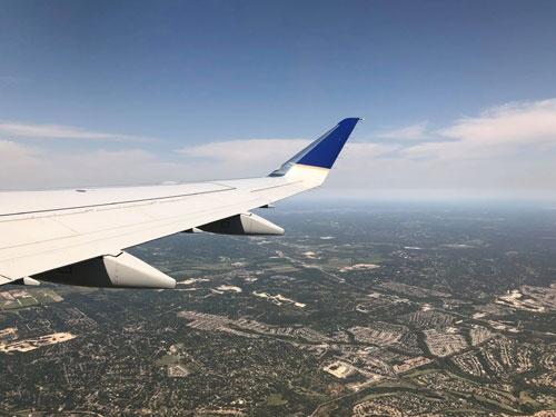 テキサスを飛び立った機上からの眺め。僕たちも上昇気流に乗ってさらに高く