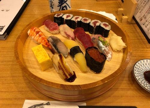 日本で寿司。しっくりきます