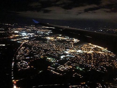 2日間のカンファレンス後、深夜便でサンフランシスコへ。さあ、明日もクレイジーで行こう!