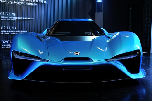 販売価格約1億6000万円という高級EVスポーツカー「EP9」(写真:町川秀人)