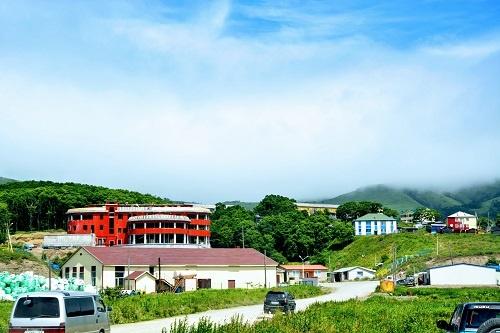 2013年の色丹島の中心地。病院や学校建設などが進む