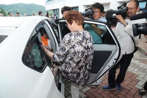 2016年5月、一般のドライバーがお客を有料で同乗させるライドシェアリングが京都府京丹後市で始まった。米ウーバー・テクノロジーズの配車アプリを利用する