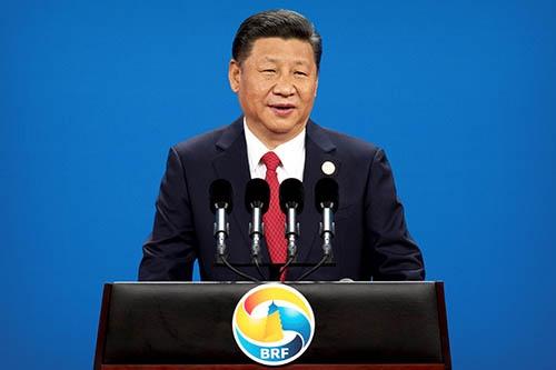 「一帯一路」国際会議の開幕式で演説する中国の習近平国家主席。(写真:代表撮影/ロイター/アフロ)
