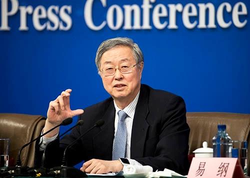 中国人民銀行(中央銀行)の周小川総裁。在任期間が15年に迫ることから、退任が確実視されている。(写真:AP/アフロ)