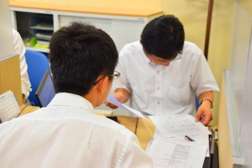 「東京開業ワンストップセンター」には入国管理の窓口もあり、外国人の起業・雇用の手続きに対応。