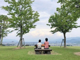 <span>リニアが通る丘(山梨・富士川町)</span>