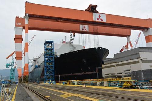 香焼工場ではLNG運搬船の建造が進む