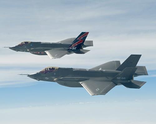 航空自衛隊が導入を始めたF-35A(写真=U.S. Air Force/アフロ)