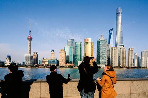 上海のランドマークを担当した実績で、ゲンスラーは超高層ビルを設計できる実力を世界に示した(写真:Blackstation)