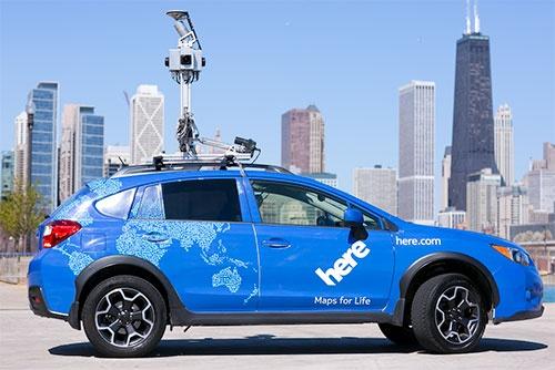 レーザースキャナーを積んだヒアの測量車。レーザー搭載車だけで200台を保有し、世界中の道路情報を収集している