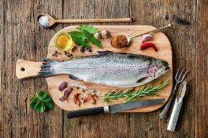 肉の油はとり過ぎ注意なのに、魚の油はどうして体にいいのだろうか?(©Alexander Raths-123RF)