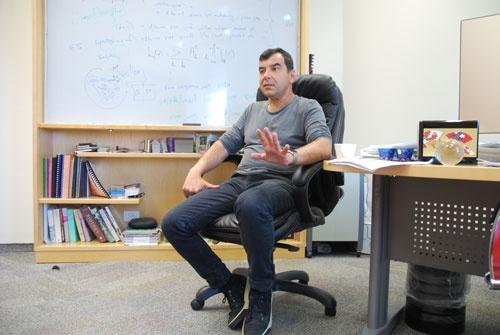 モービルアイのアムノン・シャシュア会長。IT大国イスラエルでも最も成功した技術者の1人と言われる