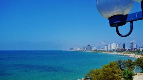 地中海に面するイスラエルの商都テルアビブ