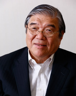 <b>本山和夫(もとやま・かずお)さん</b><br />1950年、東京都生まれ。1972年、東京理科大学理工学部を卒業、アサヒビール(現アサヒグループホールディングス)入社。物流システム本部長など物流やIT(情報通信)の要職を歴任し、2003年執行役員・戦略企画本部長、2010年副社長、2013年アサヒ飲料社長。2015年3月にアサヒ飲料社長を退任、同年9月から東京理科大学理事長。(写真:竹井 俊晴)