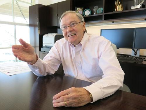 30年以上ロイヤリティマーケティングに取り組む専門家で、ザ・ブライアリーグループのハル・ブライアリー チェアマン