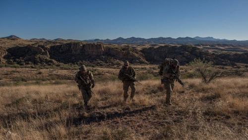 アリゾナの国境地帯。アフガニスタンといわれても違和感がない
