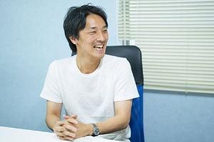 <b>濱松誠(パナソニック)</b><br />1982年生まれ。2006年パナソニック入社。2012年に若手の有志団体「One Panasonic」を立ち上げ、部門を越えた全社一体化をリードする(写真=吉成 大輔)