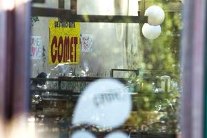 米ワシントンでは昨年12月、フェイクニュースを信じた犯人によるピザ店襲撃事件が起きた(写真=AP/アフロ)